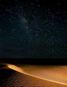 Sei arrivata da un lontano pianeta …………….un altro sistema solare sei pura essenza d'amore………… ogni angolo remoto del tuo essere sprigiona…