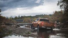 Nissan przygotował szereg premier na targi w Poznaniu. GT-R może zabraknie, ale jego silnik znajdzie się w nowym Nissan Juke-R 2.0. Oprócz tego modelu zobaczyć będzie można z bliska nowego Leaf oraz Navarę https://www.moj-samochod.pl/Nowosci-motoryzacyjne/Nissan-na-sportowo-i-ekologicznie-w-Poznaniu #MotorShow #Nissan