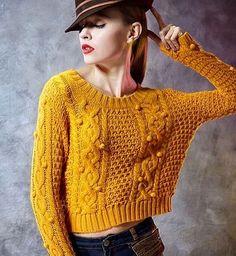 Доброе утро!) а вы уже в курсе, что оттенки горчичного, оливкового и фисташки на пике популярности в этом сезоне?)☀️#instaknitting #knitwear  #sweater  #lookoftheday #knittersoftheworld #knittedfashion #knittinginspiration #knittingaddict #knitstyle #womenswear  #knitwear #iloveknitting #i_loveknitting  #вязаниеспицами #вяжуназаказ #вязанаяодежда #designewear #stylish #womenswear  #ночныевязальныеманьяки #instafashion #instaknit #стильно #вязанаямода #вяжукрасиво