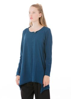 Tunika von Elemente Clemente bei nobananas mode #nobananas #elementeclemente #fw16 #blue #sea #jersey #asymmetric #long #round #neck #cotton