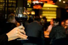 Vencedores do 10.º Concurso de Vinhos da Beira Interior conhecidos hoje - Os prémios do 10.º Concurso de Vinhos da Beira Interior serão entregues esta noite durante um jantar de gala, nos jardins do antigo solar Teles de Vasconcelos, na cidade da Guarda.