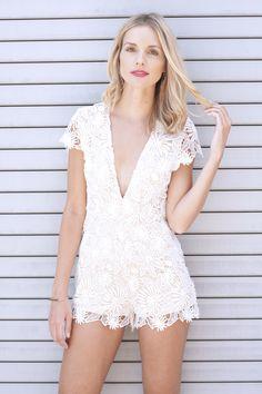 953bc7b1f284 14 Best Summer Whites images