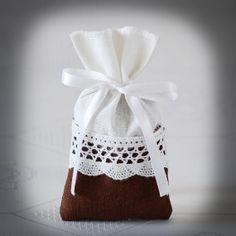 Bolsa Favor de boda rústica despedida de soltera bolsa o por Teomil, $109.00