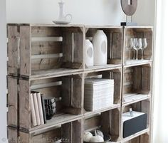 DIY rustic shelves from wooden crates Wood Crate Shelves, Crate Bookshelf, Rustic Shelves, Old Wooden Crates, Diy Regal, Wooden Vase, Crate Storage, Diy Holz, Home And Deco