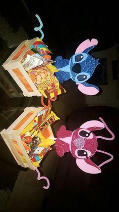 Luau Birthday, 1st Birthday Girls, 2nd Birthday Parties, Birthday Party Decorations, Lelo And Stitch, Lilo Et Stitch, Stitch Et Angel, Diy Snowman Decorations, Disney Diy Crafts