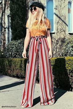 Palazzo Pants Outfit For Work. 14 Budget Palazzo Pant Outfits for Work You Should Try. Palazzo pants for fall casual and boho print. Outfit Pantalon Rojo, Pallazo Pants, Plazzo Pants Outfit, Summer Outfits, Cute Outfits, 30 Outfits, Retro Mode, Look Boho, Retro Fashion