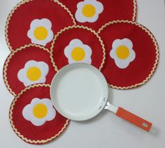 Check out this item in my Etsy shop https://www.etsy.com/listing/193750427/eggs-omelet-set-of-6-sizes-red-pan
