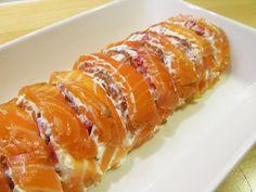 Silkosta rukiiseen – From Pine Bark to Rye: Graavilohirulla – Salt-cured Raw Salmon Roll Salmon Roll, Raw Salmon, Rye, Sausage, The Cure, Salt, Rolls, Ethnic Recipes, Food