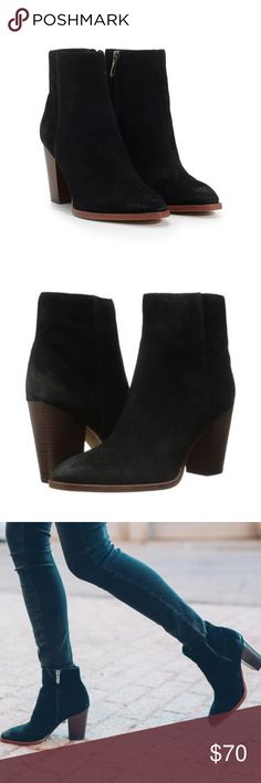 NEW IN BOX Sam Edelman Blake Suede Ankle Boot NEW IN BOX Sam Edelman Blake Suede Ankle Boot Size. 8 Our Blake ankle boot is a classic wardrobe staple. Inspired by Fall's Western trends, this pair has a stacked heel, slight pointed toe, and is cut from vintage-looking leather.  •Suede Heeled Mid Calf Boot •Special Details: Wooden Heel •Closure: Zipper •Toe: Almond Toe •Heel Height: 3.5 inches •Material: Velour Suede Leather •Shaft Length: 4.5 inches •Ankle Circumference: 5 inches •Insole…