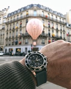 Paris is getting ready for Christmas, our gray Lasciva model PL44044.06 at $520 worldwide shipping included #hughcapet #swissmade photo by @patrickcolpron