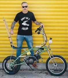 The Deus Dragster, Troy's 125cc Malvern - www.throttleroll.com - 📷:@petecagnacci #stocksucks #throttleroll #deus #deusbikebuildoff @deuscustoms #malvern #pitbike #dragster #bikebuildoff #malverndragster #sissybar #chopper #125cc