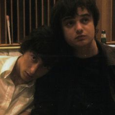 Carl Barât and Peter Doherty.