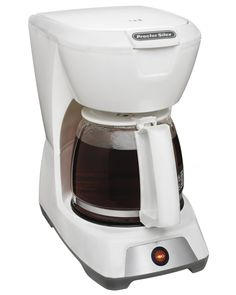 The Proctor Silex 43601 is a 12 cup coffeemaker which makes consistently fresh and flavourful coffee. Best Drip Coffee Maker, Coffee Express, Best Food Processor, Coffee Maker Reviews, Electric Wine Opener, Best Espresso Machine, Uses For Coffee Grounds, Coffee Accessories, Coffee Pods