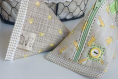Stitching Notes: Triangular Zipper Pouches