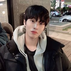 Image discovered by Ichikawa tsubaki. Find images and videos about cute, boy and beauty on We Heart It - the app to get lost in what you love. Handsome Korean Actors, Handsome Boys, Romantic Doctor, Ahn Hyo Seop, Park Bo Young, Sung Kyung, Joo Hyuk, Cool Summer Outfits, Restaurant