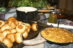 Duck Dynasty Party foods served in cast iron pots and pans