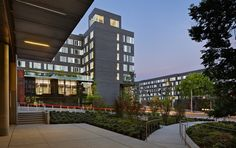 Poplar Hall, Mahlum Owner: University of Washington Scope: 273 beds, Learning Resource Center + 1,800 SF of leased retail space Notable: Houses the University's first Sustainable Living Community  Poplar Hall is one of four projects completed as part of University of Washington's West Campus Housing Phase I.