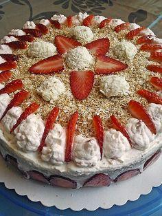 Erdbeer - Raffaelo - Torte