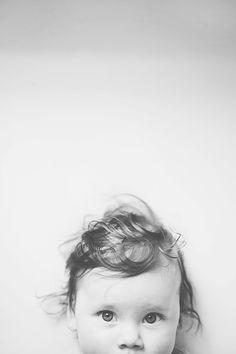 the eyes have it Baby Teuntje - Eline Visscher Photography Minimal Photography, Film Photography, Children Photography, Newborn Photography, Lifestyle Photography, Photography Ideas, Black And White Portraits, Black And White Photography, Kids Studio