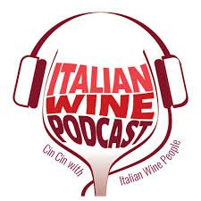 The new podcast project dedicated to the Italian wine world. Wine writer Monty Waldin uncovers the unique Italian wine-making tradition in conversation with some of its key protagonists. Chicken White Wine Sauce, Italy History, Online Cooking Classes, Wine News, Lamb Dishes, Wine Guide, Under The Tuscan Sun, Weird Food, Learning Italian