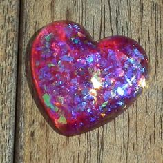 Réservé anne-marie : 1 cabochon coeur en résine faits main + bélière