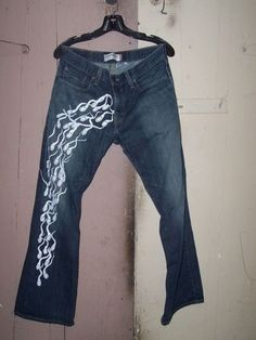 because everyone needs sperm on their pants? #wtf