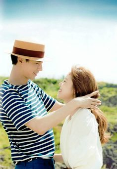 Jo In Sung and Gong Hyo Jin in It's okay that's love. They looked like a real couple. Korean Tv Shows, Korean Actors, Korean Dramas, It's Okay That's Love, Its Okay, Kdrama, Gong Hyo Jin, Jo In Sung, Moorim School