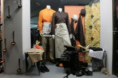 Aparador roba laboral, Gener 2009. realitzat per M.P Escaparatistas a Barcelona