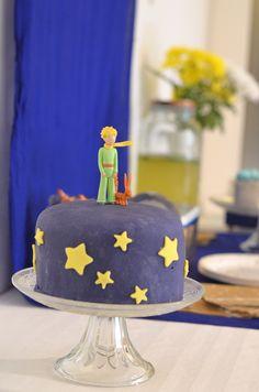 Pour l'anniversaire Petit Prince de Noah, j'ai réalisé deux gâteaux à étages…