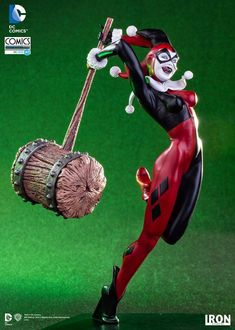 Available for Pre-Order  Iron Studios DC Comics Harley Quinn 1/10th Art Scale