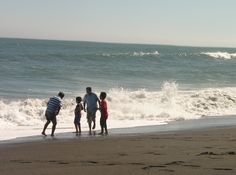 #family #beach #game #fun #cold #wave #sea Wave, Cold, Sea, Outdoor, Santiago, Trips, Ocean, The Great Outdoors, Outdoors