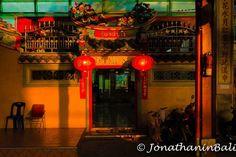 Chinese Temple Bangkok Thailand  For the ebook The Bangkok Story an Historical Guide to the Most Exciting City in the World - go to http://ift.tt/2kq9do7  #aroundtheworld #worldtraveler #jonathaninbali #www.murnis.com #travelphotography #traveler #lonelyplanet #travel #travelingram #travels #travelling #traveling #instatravel #asian #photo #photograph #outdoor #travelphoto #exploretocreate #createexplore #exploringtheglobe #theglobewanderer #mytinyatlas #planetdiscovery #roamtheplanet…