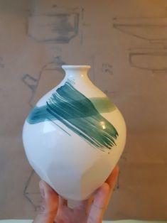 Porcelain Vase, Ceramic Artists, Ceramics, Gallery, Green, Home Decor, Ceramica, Homemade Home Decor, Decoration Home