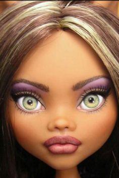 Beautiful eyes! Monster high custom