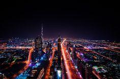 Dubai City, Dubai Skyscraper, Dubai Travel, Luxury Travel, Atlantis, Voyage Dubai, Cities, Living In Dubai, Dubai Tour