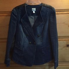 ❤️❤️ Great Jean Jacket Fun S & co. Jean jacket with faux leather trim. Has a 99% cotton 1% spandex blend. Style & Co Jackets & Coats Jean Jackets