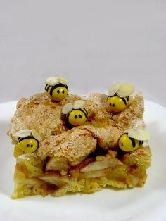 Cynamonowo – Miodowa Szarlotka i Pszczółki Just My Delicious
