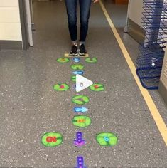 Field Day Games For Kids Discover Sensory Path Fun and ACTIVE way to get a break. Gross Motor Activities, Preschool Learning Activities, Indoor Activities For Kids, Sensory Activities, Preschool Activities, Games For Kids, Sensory Wall, Youth Games, Gym Games