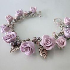 Lavanda rosa Charm Bracelet Handmade Polymer Clay Rose