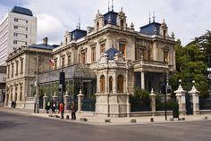 Palacio de Sara Braun en la Plaza Muñoz Gamero, Punta Arenas, Chile