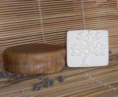 Штамп для мыла - ударный Дерево № D0021, Штамп для мыла - ударный Дерево № D0021Размер 50х45 ммШтамп изготовлен из высококачественного пластика производство США.В разработке всех наших штампов принимали непосредственное участие лучшие мыловары - мыло с нуля.На основе их пожеланий, рекомендаций, проб и ошибок создавалась каждая модель штампа.Мы не останавливаемся на достигнутом и будем благодарны отзывам и комментариям.Так же Создаём штампы на наших подножках с индивидуальным рисунком…