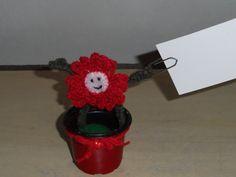 flor de crochê porta recado ou cartão