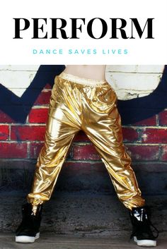 Performance gold shiny hip hop dance pants.