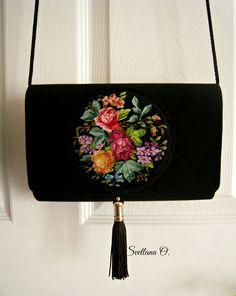 petit point handbag made Vintage Purses, Vintage Bags, Vintage Handbags, Embroidery Bags, Embroidery Patterns, Luxury Handbags, Purses And Handbags, Diy Clutch, How To Make Handbags