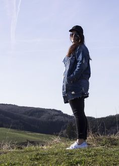 4 MONTHS OF BLUE ♦ Destroyed and Oversized Jacket & Superstars | Curvy Blue Marine