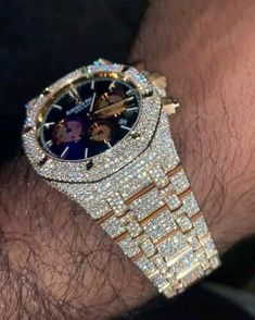 Expensive Watches, Expensive Jewelry, Cute Jewelry, Jewelry Accessories, Luxury Watches For Men, Audemars Piguet, Mode Inspiration, Luxury Jewelry, Bracelet Watch