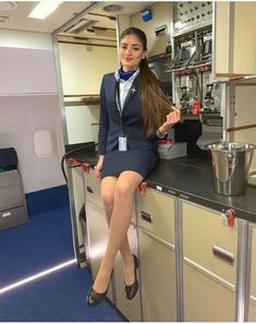Flight Attendant Hot, Airline Attendant, Air Hostess Uniform, Flight Girls, Airline Cabin Crew, Airline Uniforms, Fashion Model Poses, Pantyhose Outfits, Women Ties