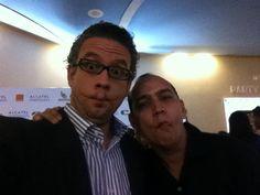 #SelfFish Con el querido teatrista y productor @juancitorodriguez la legenda, jajaja en la premier de la pelicula @unlioendolares