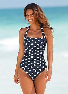 One piece swimsuits are the essential style staple this season. Modest Swimsuits, Monokini Swimsuits, Cute Swimsuits, Women Swimsuits, Women's Swimwear, Conservative Swimsuit, Fashion Mode, Mode Vintage, Swim Dress
