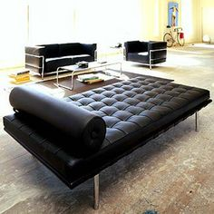 Barcelona Daybed   Le Corbusier, Eames, Hans Wegner furniture reproductions   The Modern Source